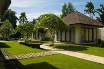 cazare la Villa Nelayan