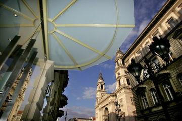 cazare la Central Basilica