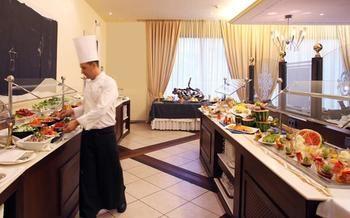 cazare la Portblue Laquinta Hotel & Spa