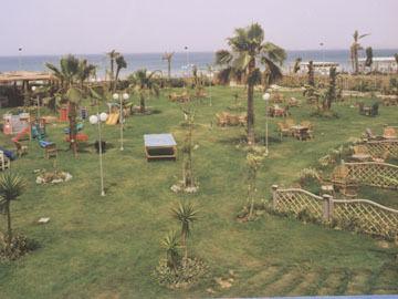 cazare la Paradise Inn Mamoura Beach