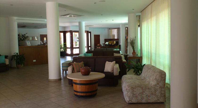 cazare la Hylatio Tourist Village
