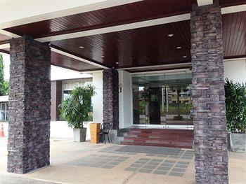 cazare la New Travel Lodge Hotel