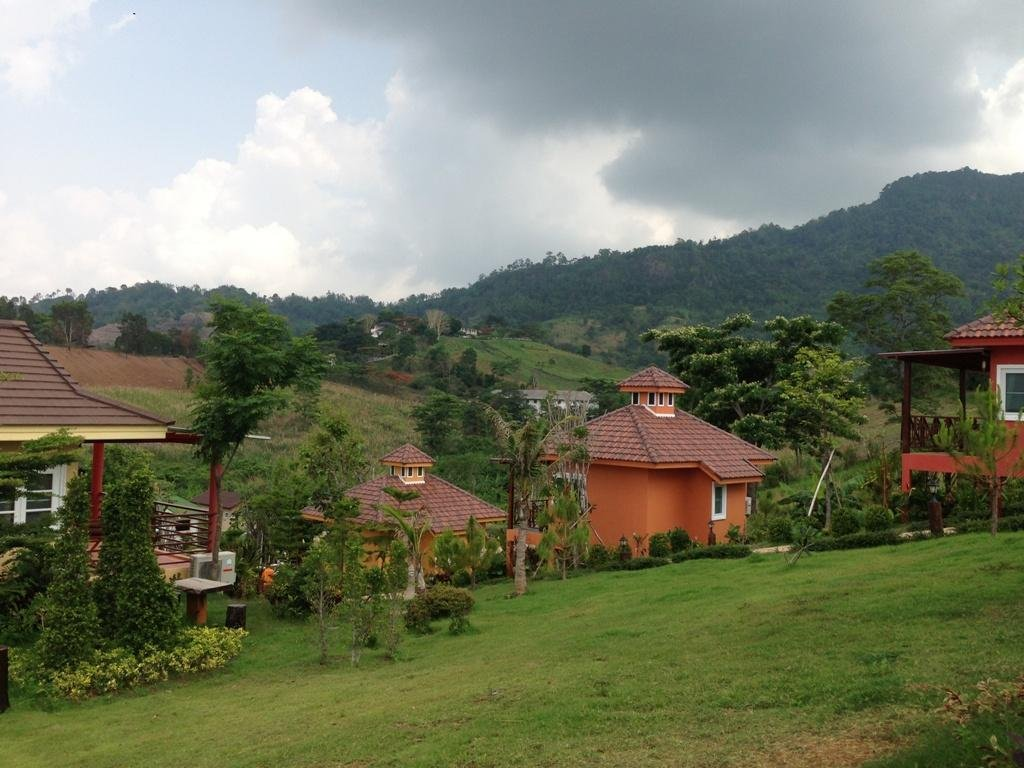 cazare la Foresta Hill Resort