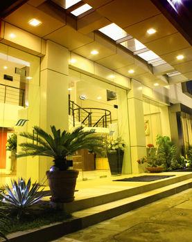 cazare la Royal Mamberamo Hotel