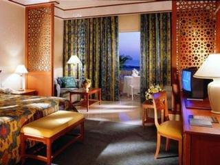 cazare la Al Hamra Village Golf Resort