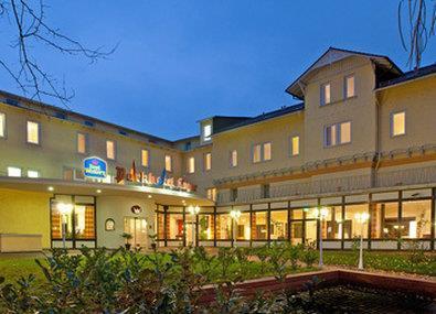 cazare la Best Western Parkhotel Krone