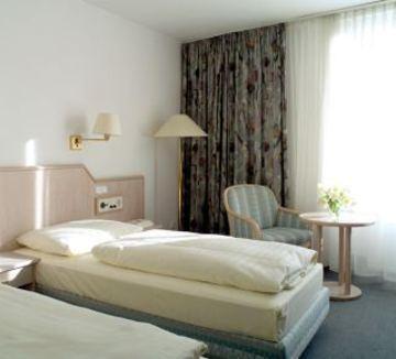 cazare la Nh Parkhotel Deggendorf