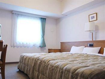 cazare la Hotel Route-inn Tsubamesanjo Ekimae