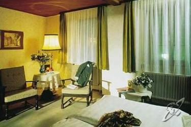 cazare la Altstadthotel Weisse Taube