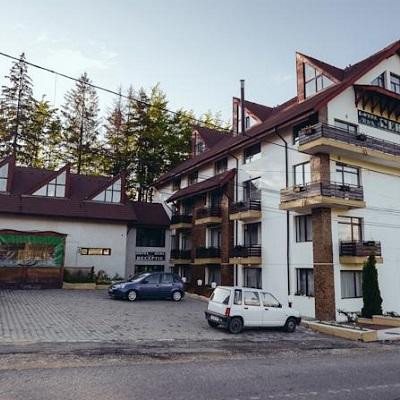 cazare la Hotel Hera