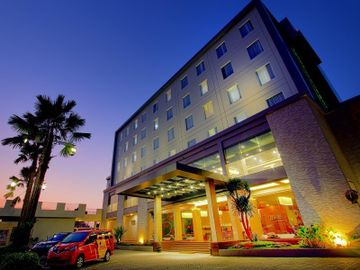 cazare la Meotel Kebumen, Managed By Dhm