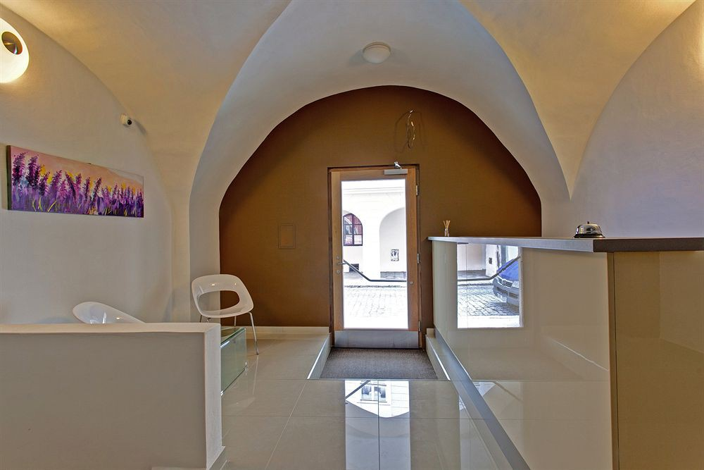 cazare la Suites & Apartments U Tri Hrusek