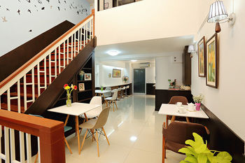 cazare la Baan Namtarn Guest House