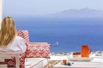 cazare la Kamini Santorini Luxury Villas
