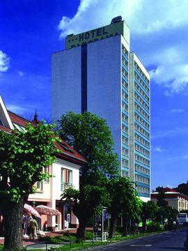 cazare la Hunguest Hotel Panorama