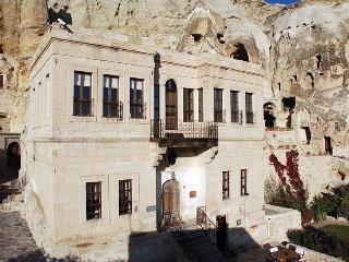 cazare la Yunak Evleri
