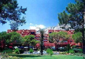 cazare la Renaissance Antalya Beach Resort & Spa