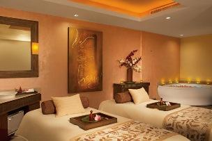 cazare la Secrets Vallarta Bay Resort & Spa
