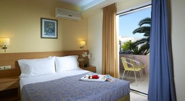 cazare la Sissi Bay Resort & Spa