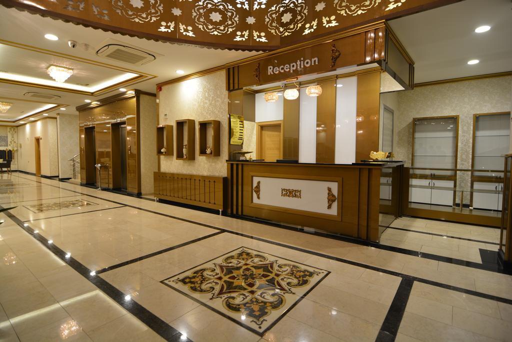 cazare la Tasar Royal Hotel