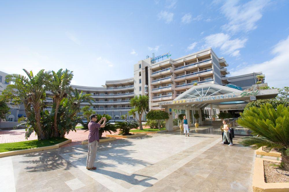 cazare la Aguamarina Golf Apartments