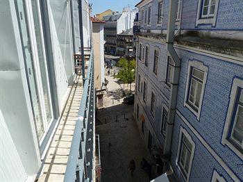 cazare la Portugal Ways Santos Design Apartments