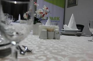 cazare la Seka Park Hotel