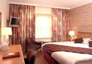 cazare la Clarion Collection Hotel Buckerell Lodge