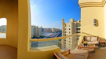 cazare la Palm Jumeirah Shoreline Residences
