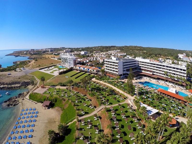 cazare la Cavo Maris Beach Hotel