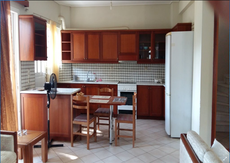 cazare la 4 Bedroom Maisonette  In Rafina  Re0985