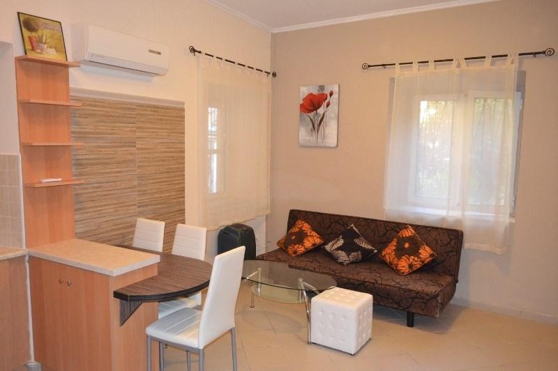 cazare la 2 Bedroom Flat  In Corfu  Re0785