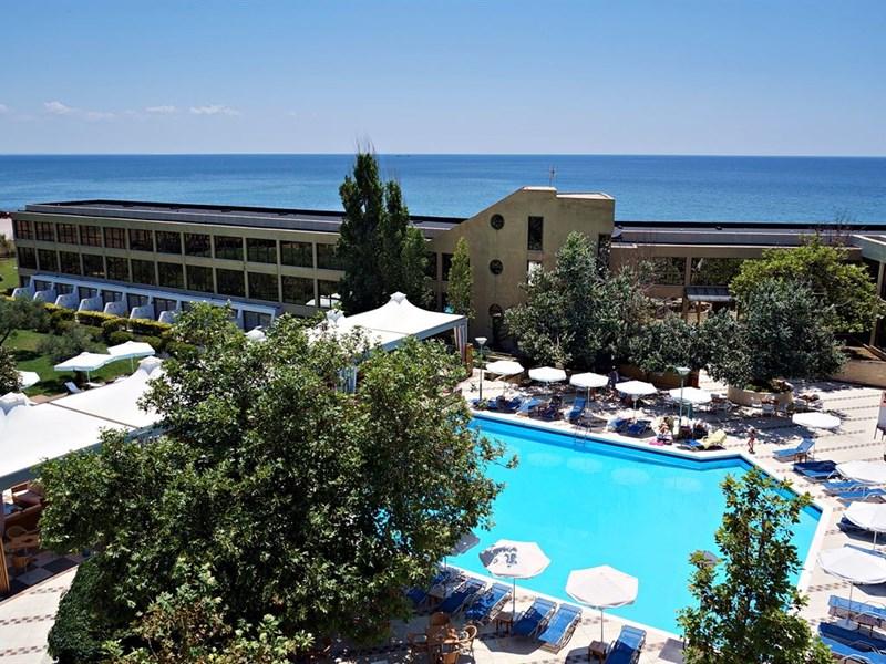 cazare la Alexander Beach Hotel