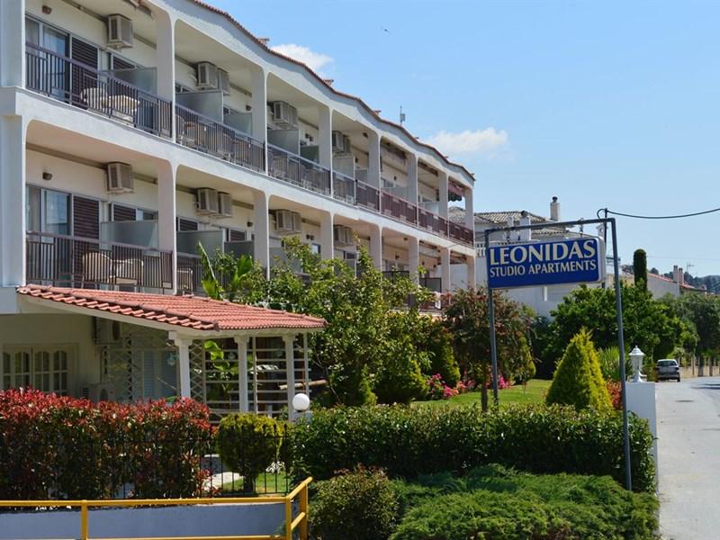 cazare la Leonidas Apartments