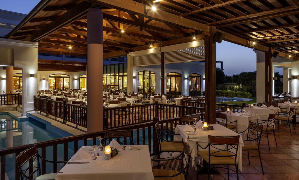 cazare la Neptune Hotel-resort, Convention Centre  Spa