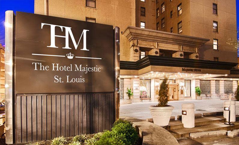 cazare la Majestic Hotel