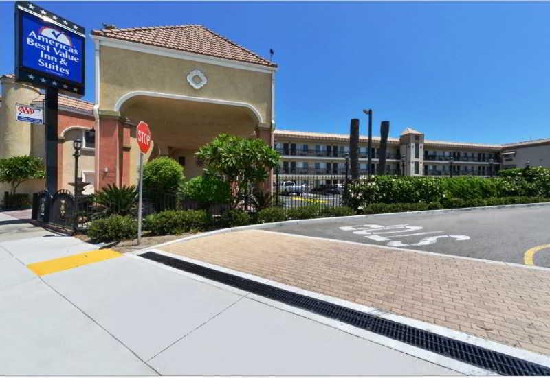 cazare la Americas Best Value Inn And Suites El Monte