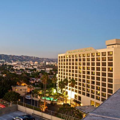cazare la Beverly Hills Marriott