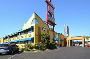 cazare la Best Western Canoga Park Motor Inn