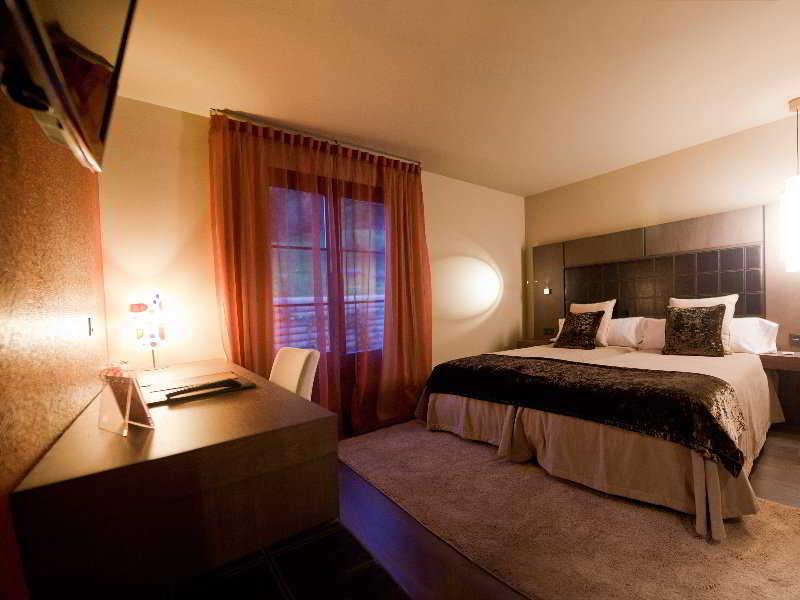cazare la La Piconera Hotel And Spa