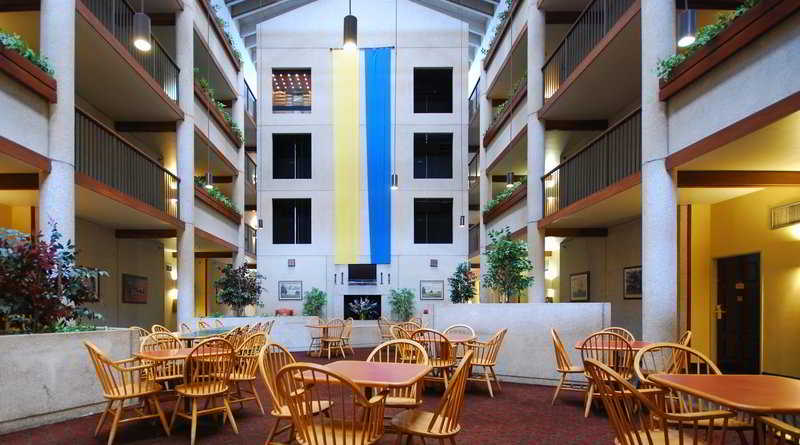 cazare la Quality Inn & Suites Downtown North