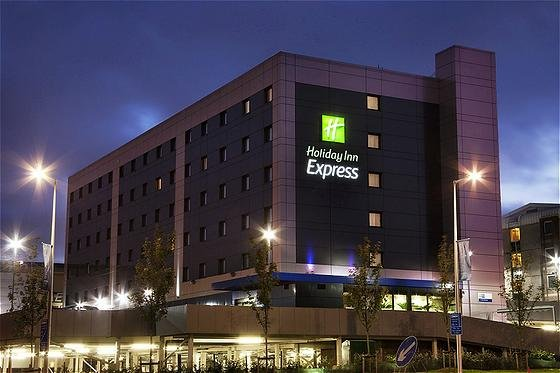 cazare la Holiday Inn Express Aberdeen-e