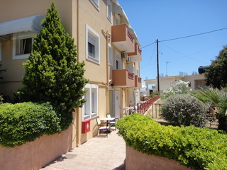 cazare la Karfas Sea Apartments