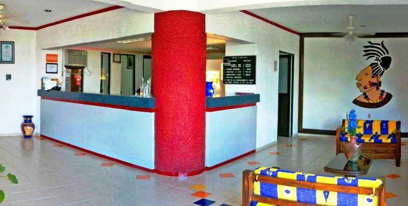 cazare la Hotel Uxulkah