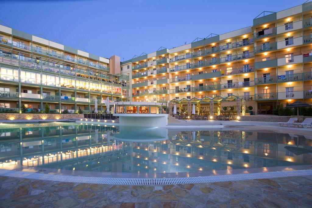 cazare la Ariti Grand Hotel