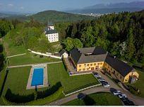 cazare la Hotel-pension-restaurant Gut Drasing