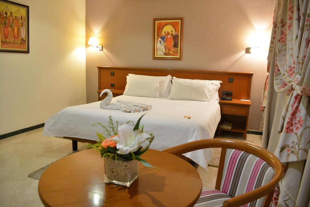 cazare la Oum Palace Hotel & Spa Casablanca
