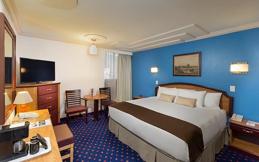 cazare la Hotel & Suites Estoril