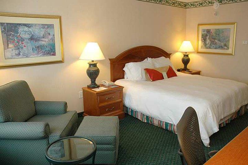 cazare la Hilton Garden Inn Kansas City/kansas
