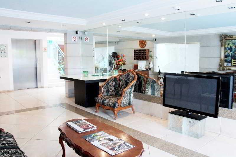cazare la Suites Aristóteles 225 By Residence L´ Heritage